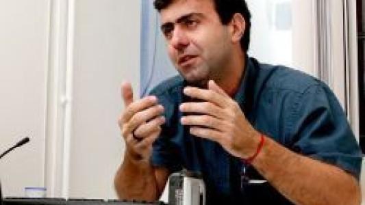 Acesso a armas e munição foi o que possibilitou tragédia no RJ, afirma Marcelo Freixo
