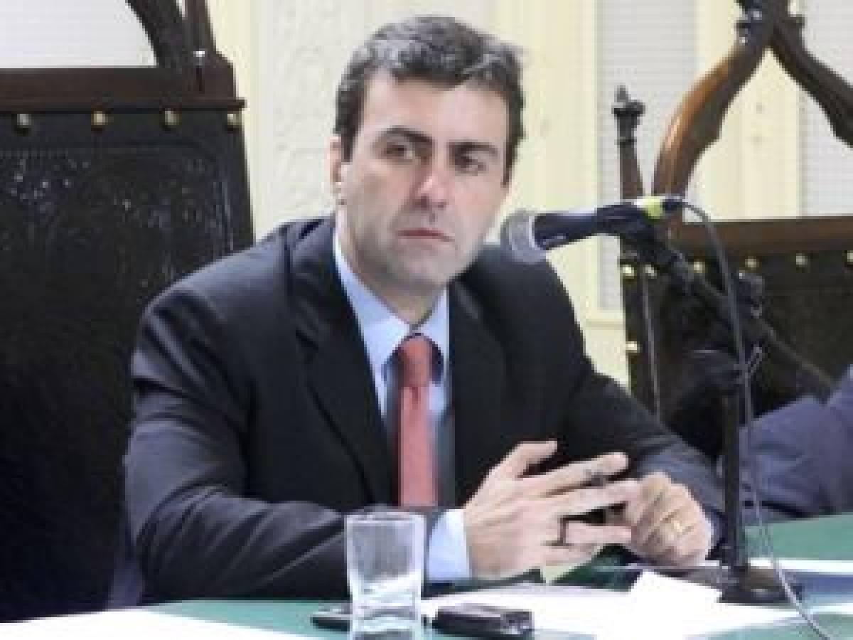 Deputado Marcelo Freixo, do RJ, deixará o país após ameaças de morte