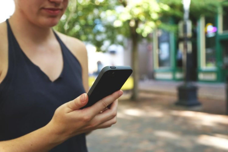 Aplicativo de celular traz informações sobre a PEC 55