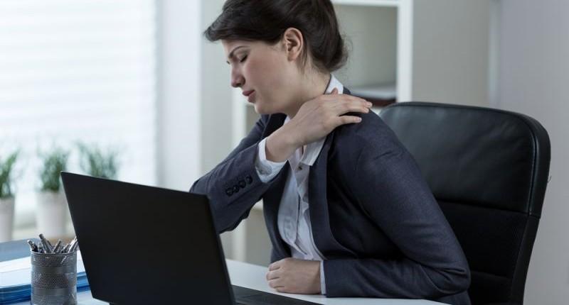 Lesão por Esforço Repetitivo: sintomas e tratamento