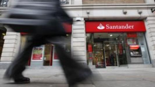 Matriz do Santander estuda vender 3% da filial brasileira e levantar R$ 1,58 bilhão
