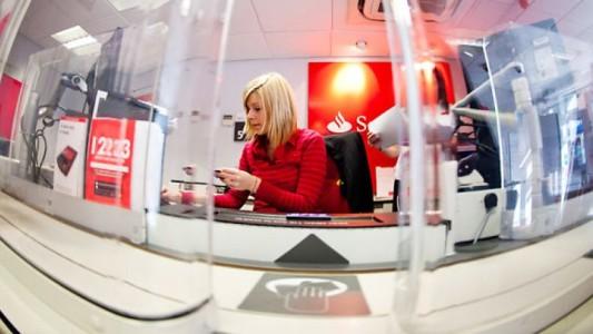 Bancários do Santander conquistam isenção de tarifas