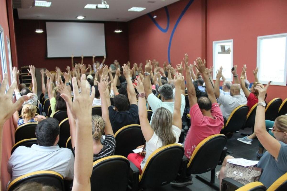 Bancários de Santos e Região desfiliam-se da CUT e filiam-se à Intersindical