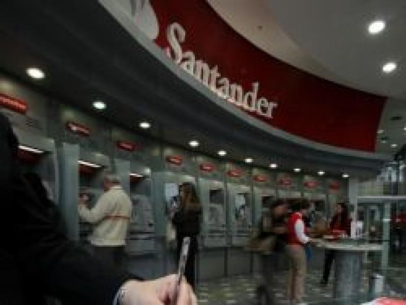 Bancários defendem emprego e não aceitam demissões no Santander