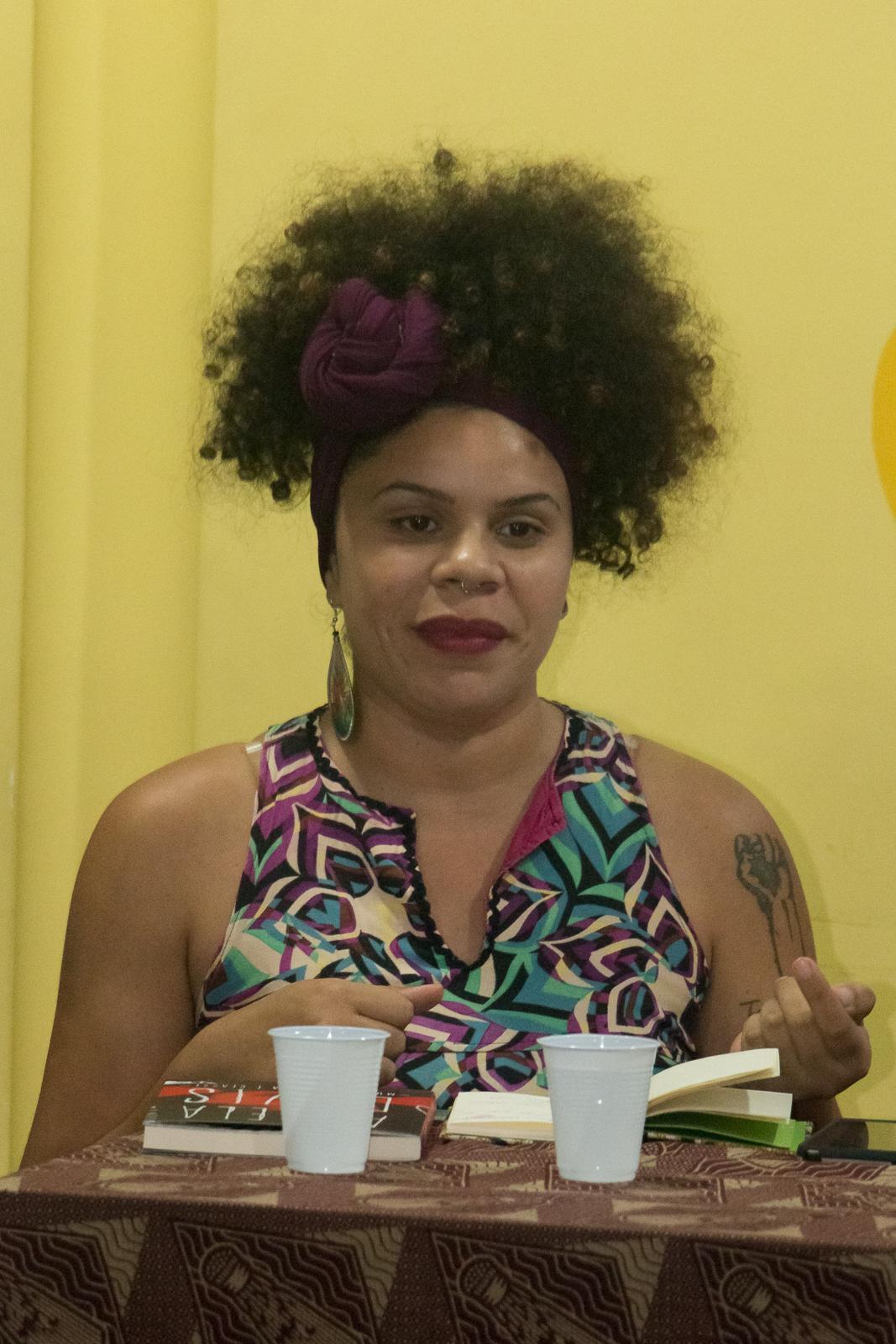 Sindicato sedia debate sobre Feminismo Negro