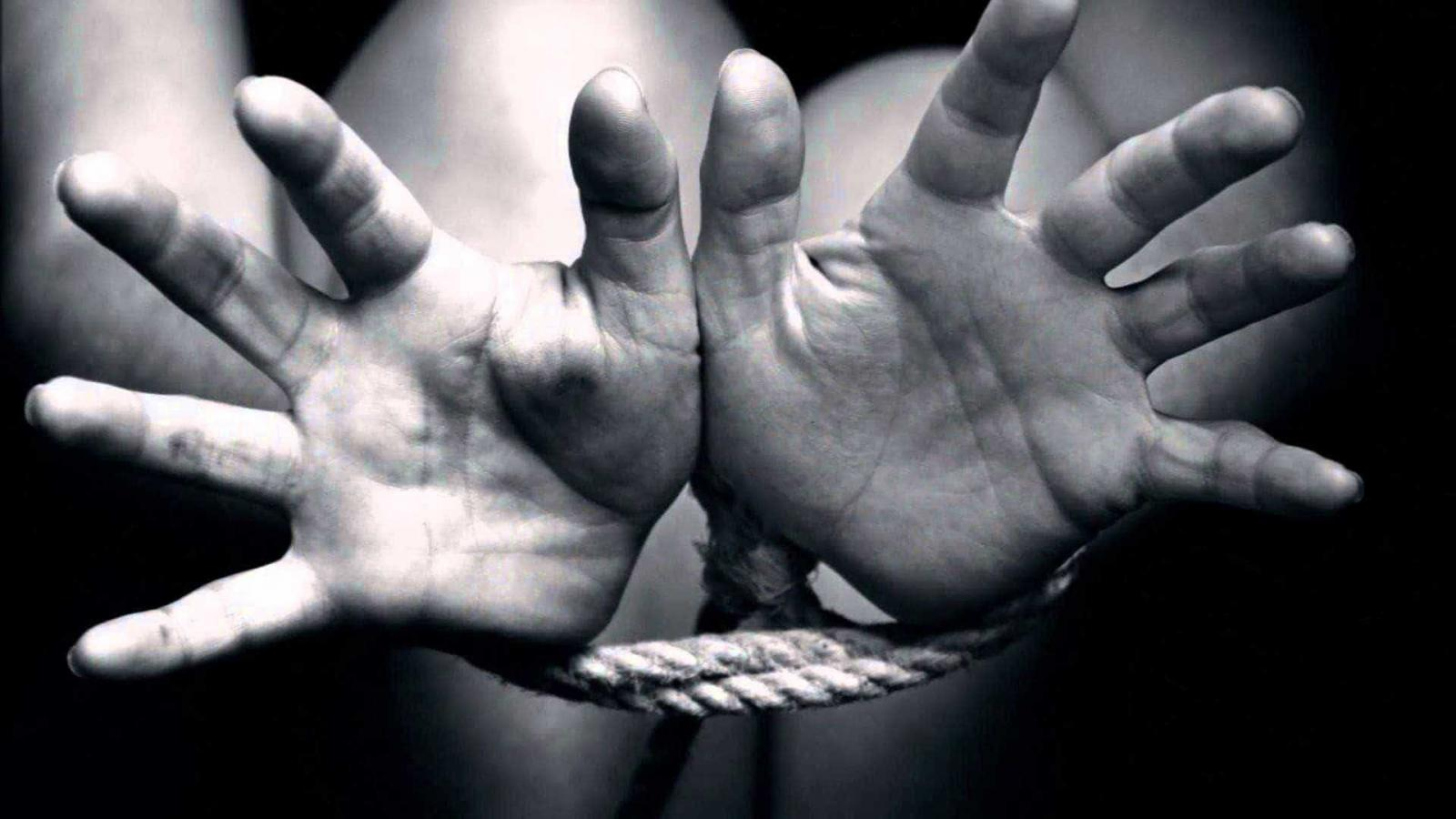 Itaú condenado por negar indenização prevista na CCT a gerente sequestrada