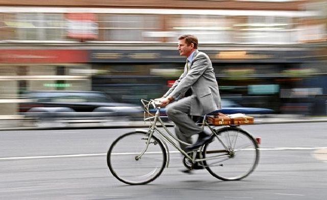 Itaú economiza e manda bancários irem de 'bike' ao trabalho