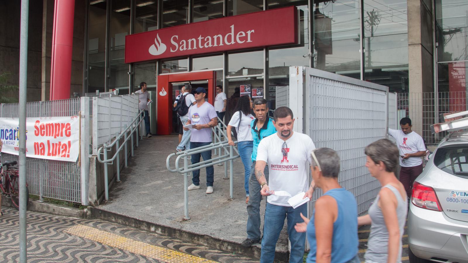 Escutou demissão no Santander, procure imediatamente o Sindicato
