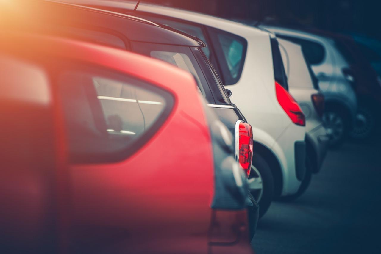 Banco deve indenizar por leiloar veículo mesmo após quitação de dívida