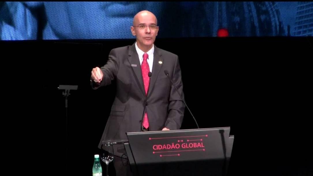 Santander escolhe Rial para chefiar América do Sul, junto com Brasil