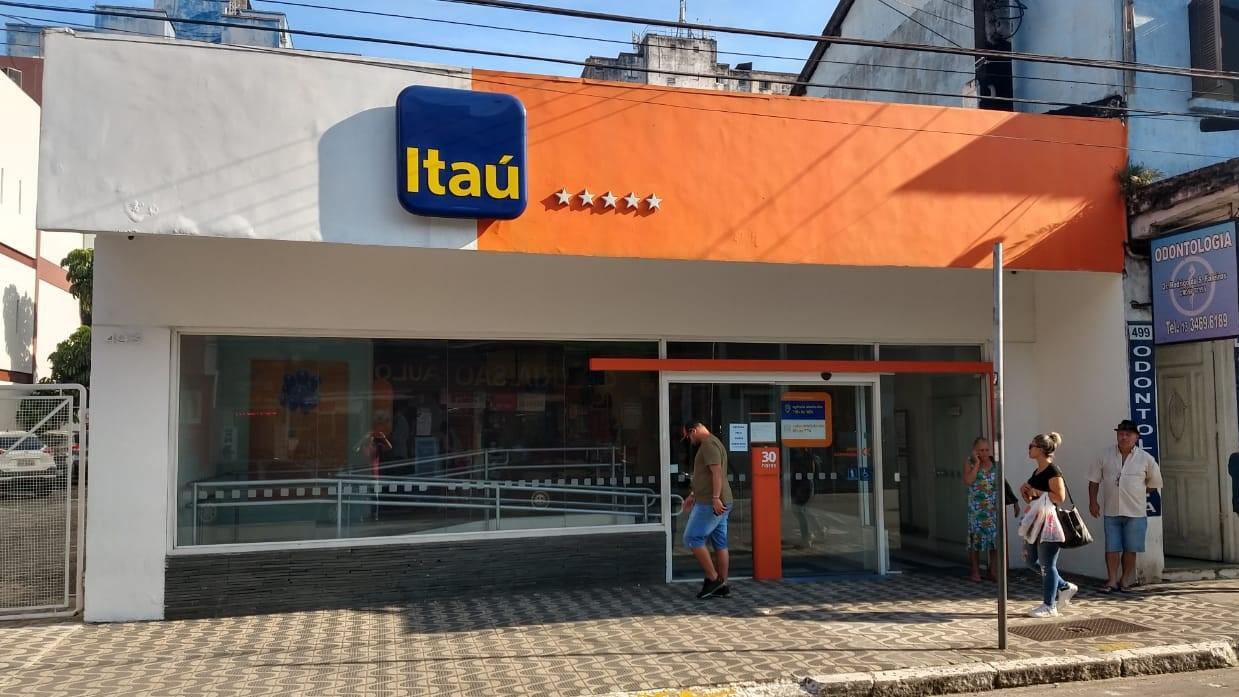 Bancários debatem saúde e emprego com o Itaú