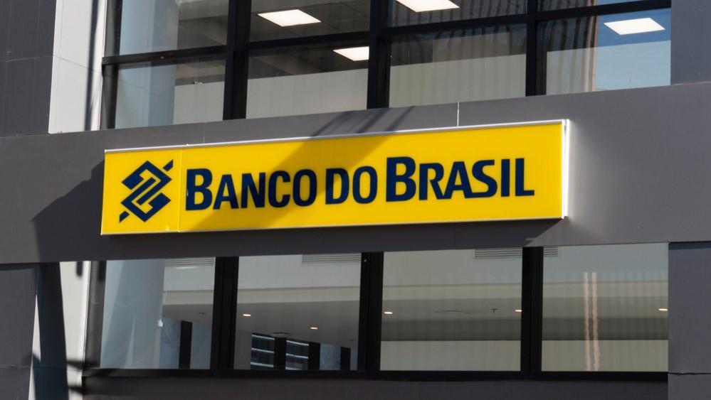 Somente diretores indicados pelo mercado terão aumentos salariais no Banco do Brasil